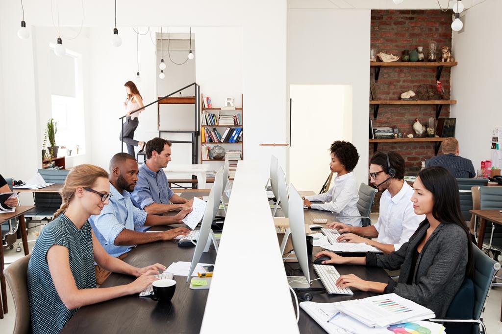 Training Perjanjian Kerja Waktu Tertentu dan Outsourcing
